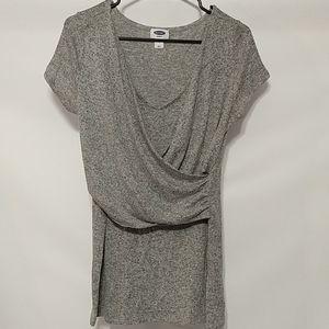 Old Navy Maternity gray small shirt